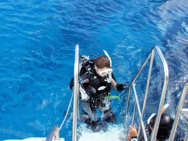 ボートダイビングのエギジット