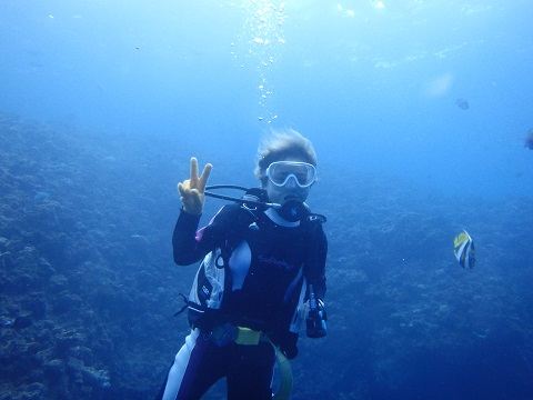 沖縄ダイビング青の洞窟
