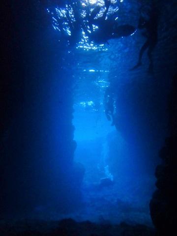 洞窟内 奥から