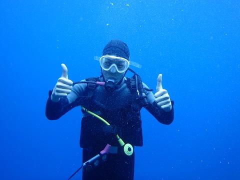 沖縄ダイビングジンベエザメ