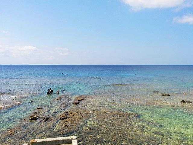 慶良間と崎本部でダイビング