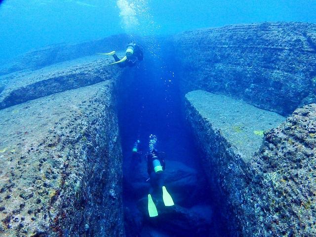 海底遺跡 水路